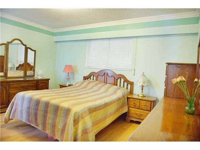 Photo 6: Photos: 2738 E 27TH Avenue in Vancouver: Renfrew Heights House for sale (Vancouver East)  : MLS®# V1133910