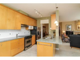 """Photo 9: 205 1551 FOSTER Street: White Rock Condo for sale in """"Sussex House"""" (South Surrey White Rock)  : MLS®# F1407910"""