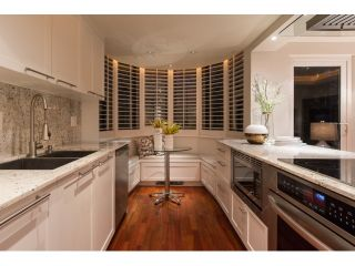 """Photo 7: T09 1501 HOWE Street in Vancouver: Yaletown Townhouse for sale in """"888 BEACH"""" (Vancouver West)  : MLS®# R2020483"""
