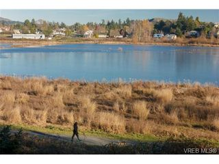 Photo 9: 4057 Grange Rd in VICTORIA: SW Strawberry Vale House for sale (Saanich West)  : MLS®# 717206