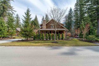 """Photo 2: 43585 FROGS Hollow in Cultus Lake: Lindell Beach House for sale in """"THE COTTAGES AT CULTUS LAKE"""" : MLS®# R2372412"""