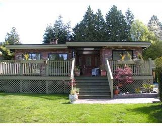 Photo 1: 572 ENGLISH BLUFF Road in Tsawwassen: Pebble Hill House for sale : MLS®# V643799