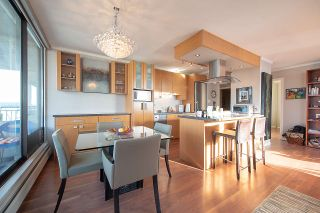 """Photo 15: 1602 1725 PENDRELL Street in Vancouver: West End VW Condo for sale in """"THE STRATFORD."""" (Vancouver West)  : MLS®# R2327665"""
