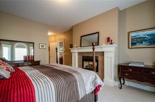 Photo 19: 356 SIGNATURE Court SW in Calgary: Signal Hill Semi Detached for sale : MLS®# C4220141