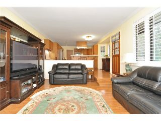Photo 4: 7829 MEADOWOOD Drive in Burnaby: Forest Hills BN House for sale (Burnaby North)  : MLS®# V930732