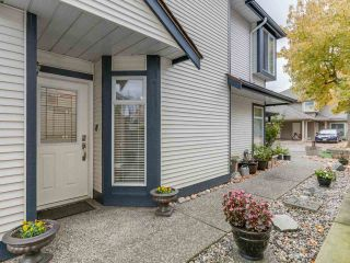 """Photo 3: 53 4756 62 Street in Delta: Holly Townhouse for sale in """"ASHLEY GREEN"""" (Ladner)  : MLS®# R2130186"""