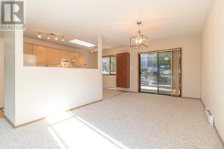 Photo 9: 13 1144 Verdier Ave in Central Saanich: House for sale : MLS®# 887829