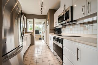 """Photo 22: 403 1566 W 13TH Avenue in Vancouver: Fairview VW Condo for sale in """"ROYAL GARDENS"""" (Vancouver West)  : MLS®# R2080778"""