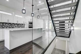 Photo 22: 8505 84 Avenue in Edmonton: Zone 18 House for sale : MLS®# E4231146