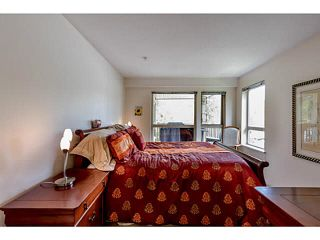 "Photo 10: 309 801 KLAHANIE Drive in Port Moody: Port Moody Centre Condo for sale in ""INGELNOOK"" : MLS®# V1122246"