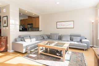 """Photo 5: 28 40632 GOVERNMENT Road in Squamish: Brackendale Townhouse for sale in """"RIVERSWALK"""" : MLS®# R2261504"""