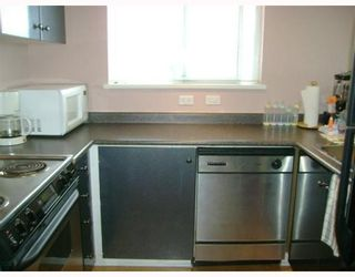 """Photo 5: 403 4181 NORFOLK Street in Burnaby: Central BN Condo for sale in """"NORFOLK PLACE"""" (Burnaby North)  : MLS®# V766544"""