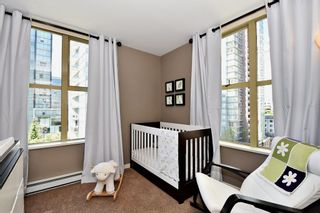 "Photo 10: 903 989 RICHARDS Street in Vancouver: Downtown VW Condo for sale in ""Mondrian 1"" (Vancouver West)  : MLS®# R2095288"