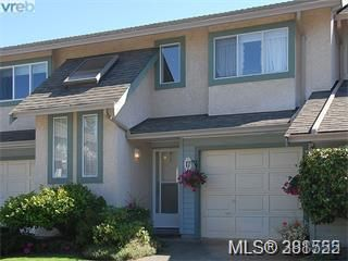 Photo 1: 17 515 Mount View Ave in VICTORIA: Co Hatley Park Row/Townhouse for sale (Colwood)  : MLS®# 766559
