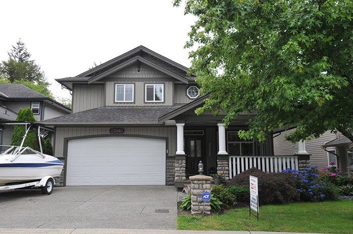 Main Photo: 23880 117B Avenue in Maple Ridge: Cottonwood MR House for sale : MLS®# R2083636