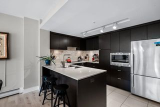 """Photo 4: TH14 166 W 13TH Street in North Vancouver: Central Lonsdale Townhouse for sale in """"VISTA PLACE"""" : MLS®# R2608156"""