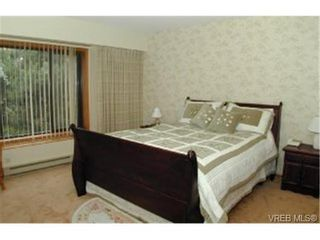 Photo 3: 3392 Fulton Rd in VICTORIA: Co Triangle House for sale (Colwood)  : MLS®# 321153