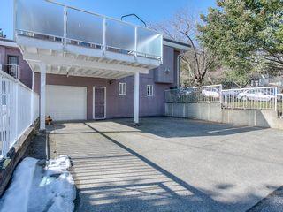 "Photo 15: 4008 KINCAID Street in Burnaby: Burnaby Hospital 1/2 Duplex for sale in ""BURNABY HOSPITAL"" (Burnaby South)  : MLS®# R2346188"
