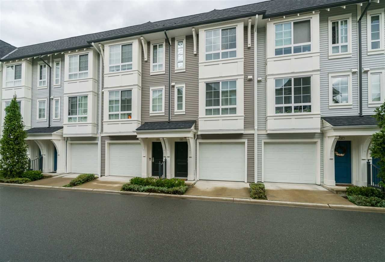 "Main Photo: 88 8476 207A Street in Langley: Willoughby Heights Townhouse for sale in ""York By Mosaic"" : MLS®# R2407042"