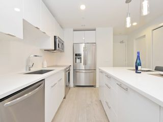 "Photo 9: 505 733 W 3RD Street in North Vancouver: Hamilton Condo for sale in ""THE SHORE"" : MLS®# R2120677"