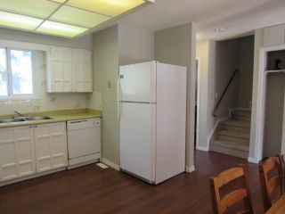 Photo 4: 9201 Morinville Drive in Morinville: Townhouse for rent