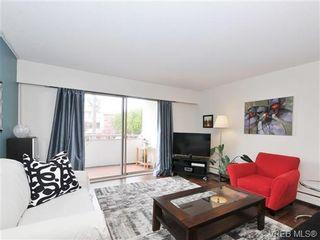 Photo 1: 205 1040 Rockland Ave in VICTORIA: Vi Downtown Condo for sale (Victoria)  : MLS®# 668312