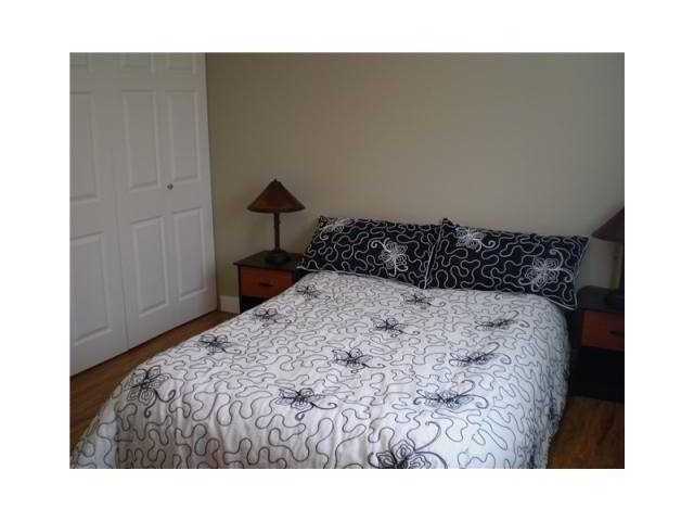 """Photo 6: Photos: 204 803 QUEENS Avenue in New Westminster: Uptown NW Condo for sale in """"SUNDAYLE MANOR"""" : MLS®# V874130"""