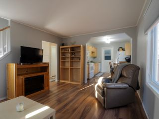 Photo 3: 49 Strathcona Road in Portage la Prairie: House for sale : MLS®# 202105536