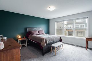 Photo 17: 224 Crestmont Drive SW in Calgary: Crestmont Detached for sale : MLS®# A1118392