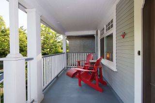 "Photo 6: 2147 E PENDER Street in Vancouver: Hastings House for sale in ""HASTINGS"" (Vancouver East)  : MLS®# R2437168"