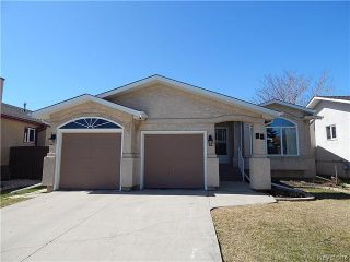 Photo 1: 75 St Hilaire Place in Winnipeg: Southdale Residential for sale (2H)  : MLS®# 1708589