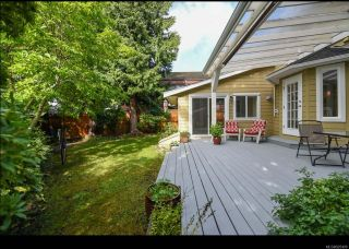 Photo 33: 215 Marida Pl in COMOX: CV Comox (Town of) House for sale (Comox Valley)  : MLS®# 825409