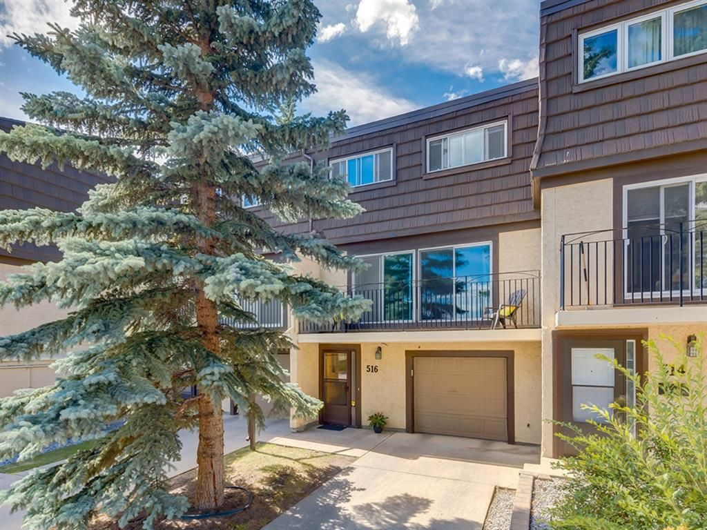 Main Photo: 516 3130 66 Avenue SW in Calgary: Lakeview Row/Townhouse for sale : MLS®# A1024120