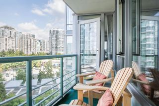 """Photo 15: 908 1033 MARINASIDE Crescent in Vancouver: Yaletown Condo for sale in """"QUAYWEST"""" (Vancouver West)  : MLS®# R2615852"""