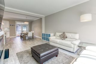 """Photo 5: 196 16488 64 Avenue in Surrey: Cloverdale BC Townhouse for sale in """"Harvest at Bose Farms"""" (Cloverdale)  : MLS®# R2562625"""
