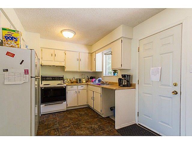 Photo 6: Photos: 11675 GRAVES ST in Maple Ridge: Southwest Maple Ridge House for sale : MLS®# V1130864