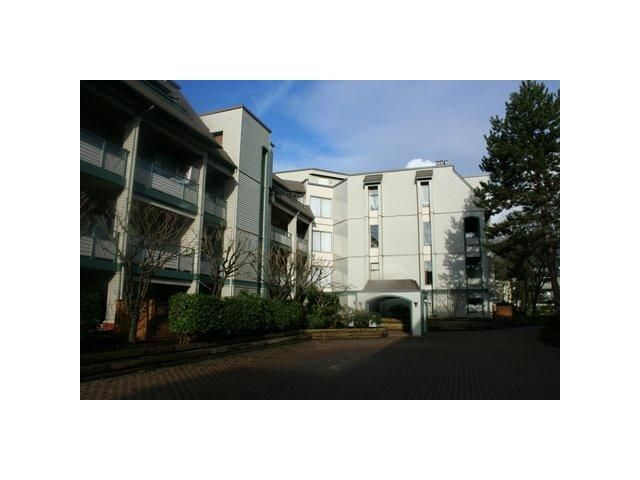 Main Photo: 317 2915 GLEN Drive in Coquitlam: North Coquitlam Condo for sale : MLS®# V861113