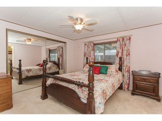 """Photo 13: 106 2303 CRANLEY Drive in Surrey: King George Corridor Manufactured Home for sale in """"Sunnyside"""" (South Surrey White Rock)  : MLS®# R2150906"""