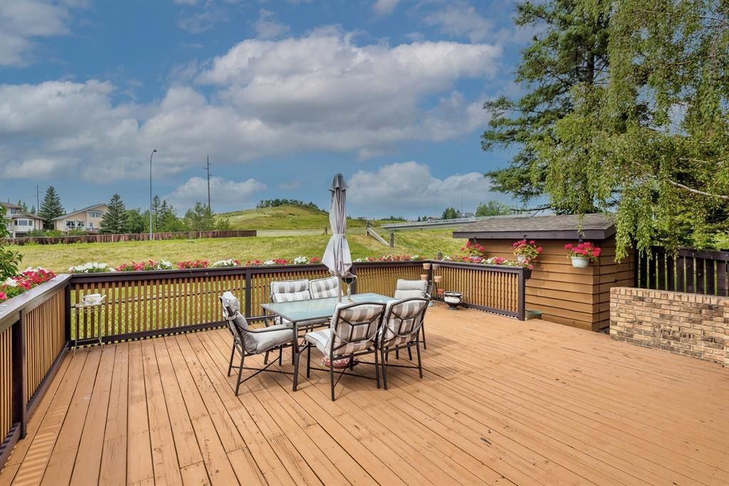 Photo 42: Photos: 156 Edgehill Close NW in Calgary: Edgemont Detached for sale : MLS®# A1127725