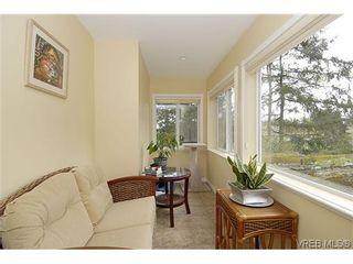 Photo 8: 100 Dorothy Lane in VICTORIA: VR Prior Lake House for sale (View Royal)  : MLS®# 624490