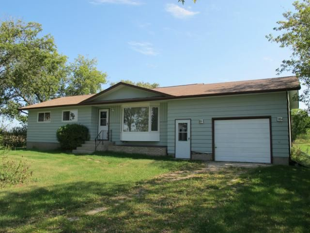 Main Photo: 70159 Singbeil  48 E Road South in BEAUSEJOUR: Beausejour / Tyndall Residential for sale (Winnipeg area)  : MLS®# 1218408
