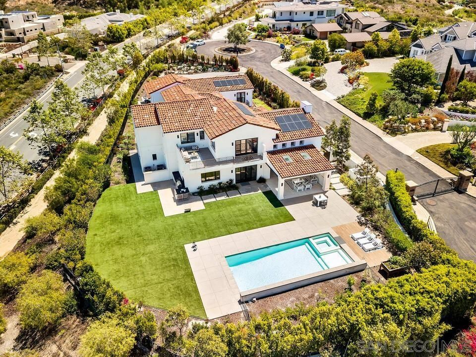 Main Photo: CARMEL VALLEY House for sale : 6 bedrooms : 6370 Carmel View South in San Diego