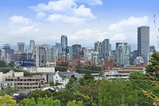 "Photo 19: 302 2035 W 4TH Avenue in Vancouver: Kitsilano Condo for sale in ""The Vermeer"" (Vancouver West)  : MLS®# R2385930"