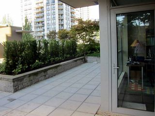 Photo 4: # 309 3008 GLEN DR in Coquitlam: North Coquitlam Condo for sale : MLS®# V1084858