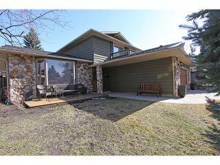 Photo 2: 124 LAKE MEAD Drive SE in Calgary: Lk Bonavista Estates House for sale : MLS®# C4005095