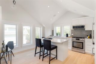 """Photo 5: 1851 W 15TH Avenue in Vancouver: Kitsilano Townhouse for sale in """"Craftsman Collection II"""" (Vancouver West)  : MLS®# R2487565"""