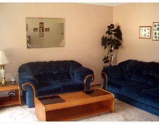 Photo 3: 116 BRELADE Street in WINNIPEG: Transcona Single Family Detached for sale (North East Winnipeg)  : MLS®# 2714213