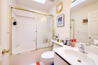 Photo 12: 424 E 22ND Avenue in Vancouver: Fraser VE House for sale (Vancouver East)  : MLS®# R2195636
