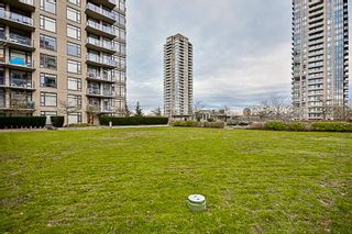 Photo 19: 1004 4250 DAWSON Street in Burnaby: Brentwood Park Condo for sale (Burnaby North)  : MLS®# R2132918