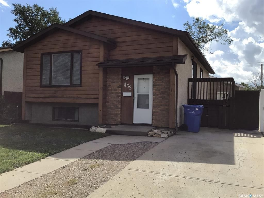 Main Photo: 462 Fulton Drive in Regina: Normanview West Residential for sale : MLS®# SK867589